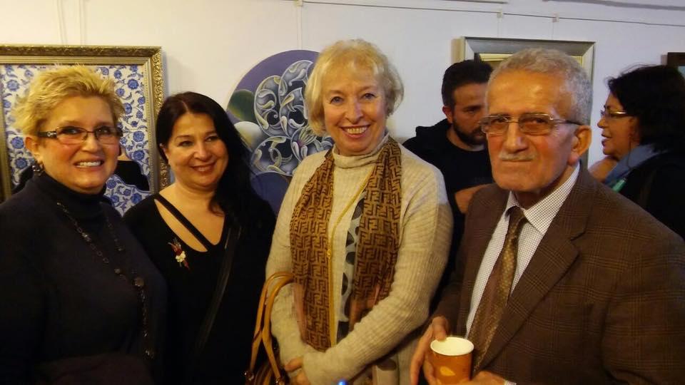 Alev Demirkesen'in solo sergisi, Kış çiçekleri Galata'da açtı